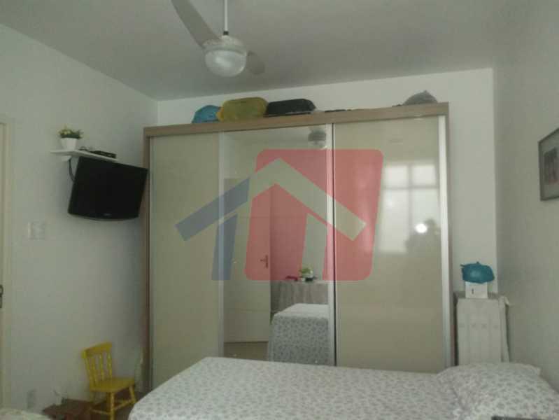 10 - Exelente oportunidade para quem busca imóvel em condominio fechado !!! Duas casas no mesmo terreno pelo preço de uma!! primeiro imovel composto de: varanda, sala, boa circulação, dois dormitorios, banheiro social, cozinha área de serviço separada e qui - VPAP21704 - 11
