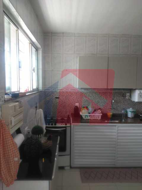cozinha6 - Casa toda moderna e acochegante, compposta por dois quartos, cozinha ampla, banheiro social com blindex, área de serviço com banheiro, sala ampla, varanda com boa localização - VPAP21709 - 14