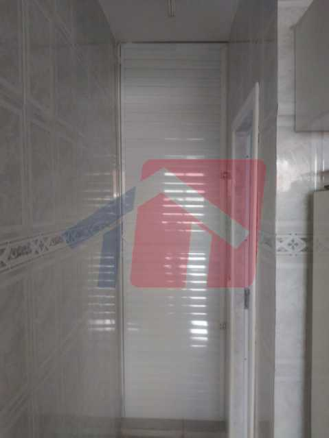 dispensa - Casa toda moderna e acochegante, compposta por dois quartos, cozinha ampla, banheiro social com blindex, área de serviço com banheiro, sala ampla, varanda com boa localização - VPAP21709 - 15