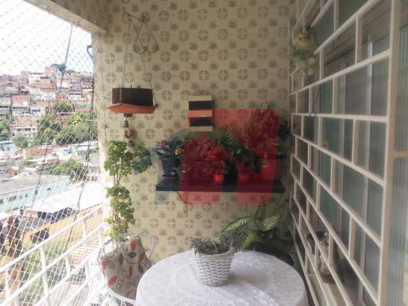 varanda - Casa toda moderna e acochegante, compposta por dois quartos, cozinha ampla, banheiro social com blindex, área de serviço com banheiro, sala ampla, varanda com boa localização - VPAP21709 - 3