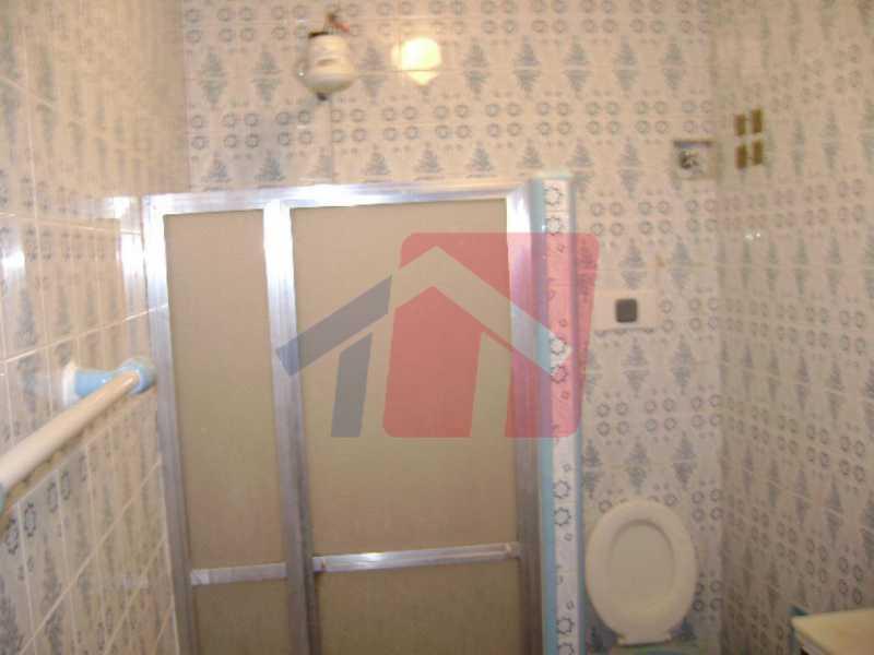banheiro 2 - Apartamento como esse você não vai achar, 2 quartos, sala ampla , banheiro Moderno, areá de serviço, varanda com canil, com grama sintetica, entrada independente do predio, apartamento terréo. - VPAP21711 - 4