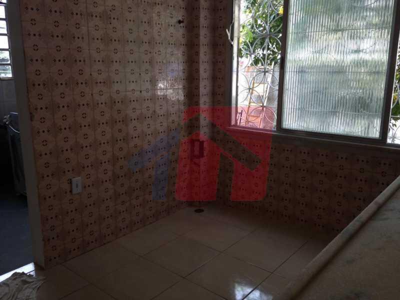 cozinha - Apartamento como esse você não vai achar, 2 quartos, sala ampla , banheiro Moderno, areá de serviço, varanda com canil, com grama sintetica, entrada independente do predio, apartamento terréo. - VPAP21711 - 8