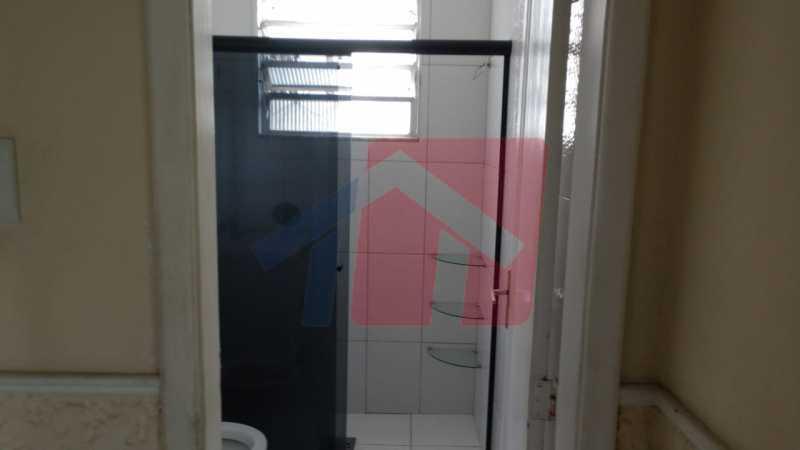Banheiro.. - Ótimo apartamento em madureira de fundos e um local extremamente calmo, sem barulho composto de sala, corredos dos quartos, cozinha, banheiro social, área de serviço - VPAP21713 - 8