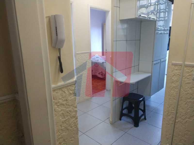 Cozinha. - Ótimo apartamento em madureira de fundos e um local extremamente calmo, sem barulho composto de sala, corredos dos quartos, cozinha, banheiro social, área de serviço - VPAP21713 - 16