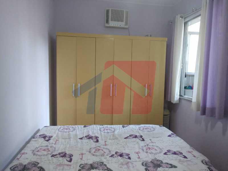 Quarto 1. - Ótimo apartamento em madureira de fundos e um local extremamente calmo, sem barulho composto de sala, corredos dos quartos, cozinha, banheiro social, área de serviço - VPAP21713 - 13