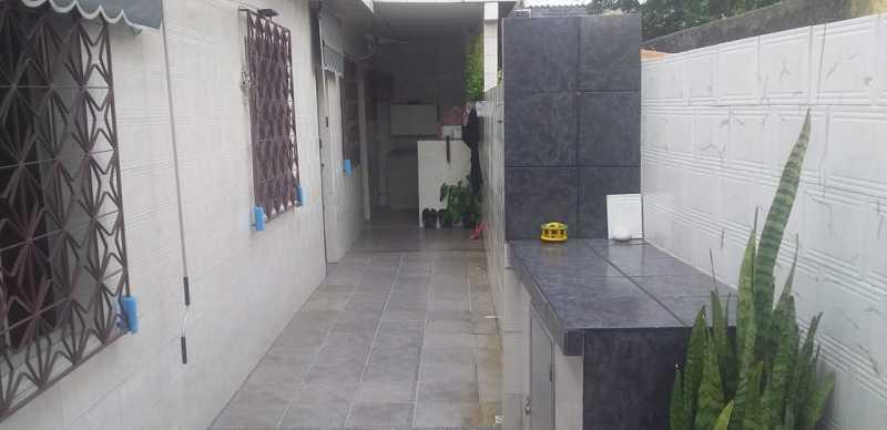 21 - - Casa Linear em exelente estado de conservação, compposto de sala ambientes, com piso em porcelanato , 3 dormitorios , sendo uma suite, suite toda azulejada, banheiro social, área, estrutura para construção de terraço. - VPCA30232 - 22