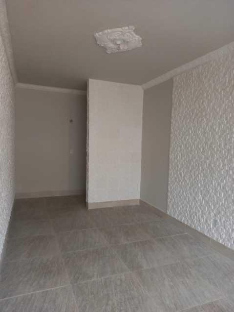 10 - Maravilhoso apartamento com planta generosa, ampla e bem arejado, recém reformado composto de ampla salas com dois bons dormitorios, sendo um com acesso a varanda cozinha e banheiro social coma cabamento em granito preto e porcelana to em todo o imóvel, - VPAP21721 - 11