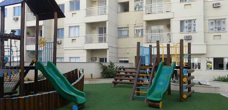 Playground - Exelente apartamento em Del Castilho em condominio fechado, alto sol da manha, com sala dois ambientes e varanda, dois quartos com um armario planejado, banheiro completo social, cozinha com armario olanejado, área de serviço e vaga na escritura, condomin - VPAP21728 - 11