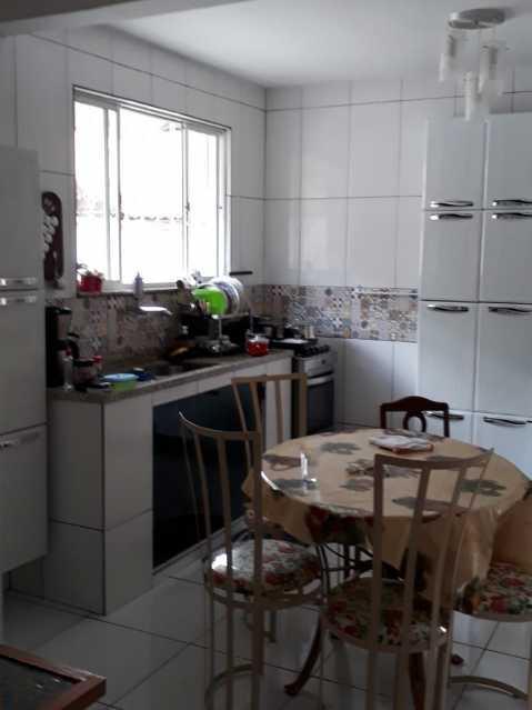 Cozinha.. - Exelente casa individual pronta para entrar e morar, composta por sala ampla, dois exelentes quartos, banheiro social completo, uma cozinha ampla, área de serviço, uma vaga na garagem, terraço coberto com cozinha americana e um banheiro - VPCA20333 - 11