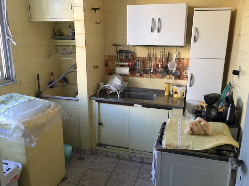 18- Cozinha - Apartamento 2 quartos proximo ao shopping carioca, praça viseu, parme comercios e banco. com uma vaga de garagem no condominio, composto de sala ampla em 2 ambientes, banheiro social, 2 quartos espaçosos cozinha com área acoplada. Imovel todo em piso fri - VPAP21731 - 20