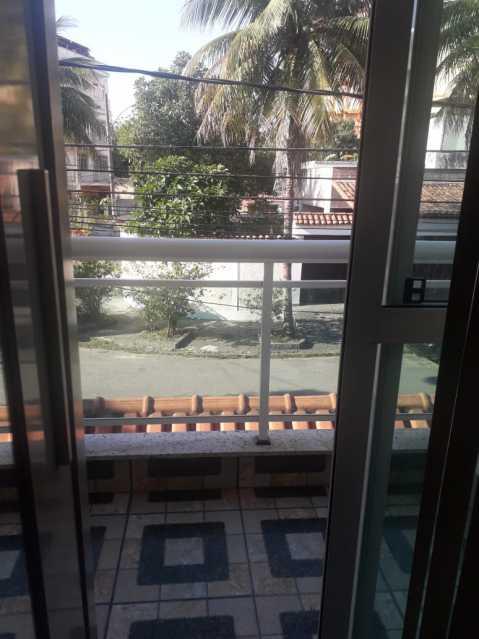 11-varanda - Otima casa triplex muito bem localizada, sala, 03 quartos, sendo um suite , 02 banheiros com vidro temperado, cozinha, área externa, terraço todos os andares com interfone para abrir a porta. - VPCA30234 - 13