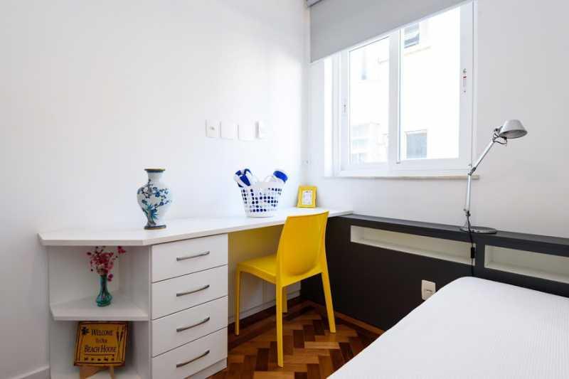 11- quarto s. - Espetacular apartamento super arejado recém reformado, mobilhado, proximoa um farto comércio, metro e condução, composto de sala ampla em dois ambientes, dois quartos, banheiro social cozinha americana. imperdivel , imovel todo em taco, janelas enti ruid - VPAP21734 - 14