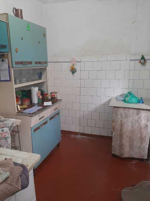 cozinha 2 - Imperdivél casa no coração do engenho da rainha, rua fechada um dois quartos, sala e ante sala cozinha e banheiro e varanda que precisa de modernização. - VPCA20336 - 5