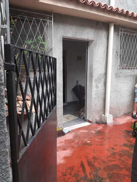 entrada - Imperdivél casa no coração do engenho da rainha, rua fechada um dois quartos, sala e ante sala cozinha e banheiro e varanda que precisa de modernização. - VPCA20336 - 3