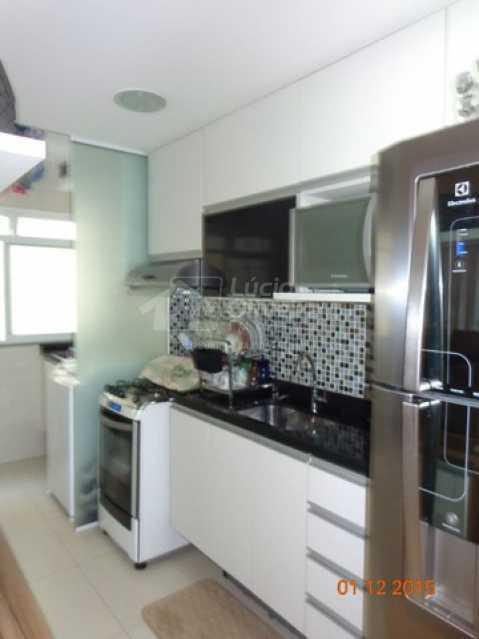6-Cozinha planejada - Apartamento à venda Estrada da Água Grande,Vista Alegre, Rio de Janeiro - R$ 270.000 - VPAP21877 - 9