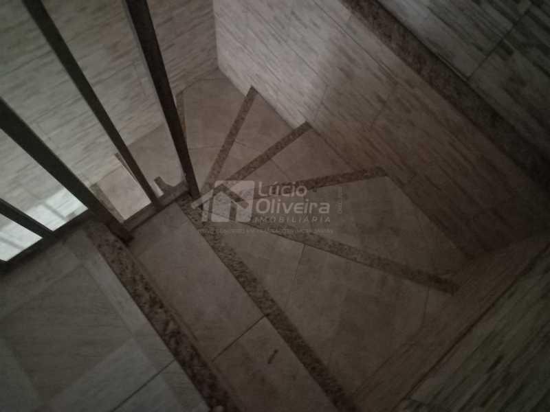 15-escada - Apartamento à venda Rua Capitão Aliatar Martins,Irajá, Rio de Janeiro - R$ 320.000 - VPAP21890 - 16
