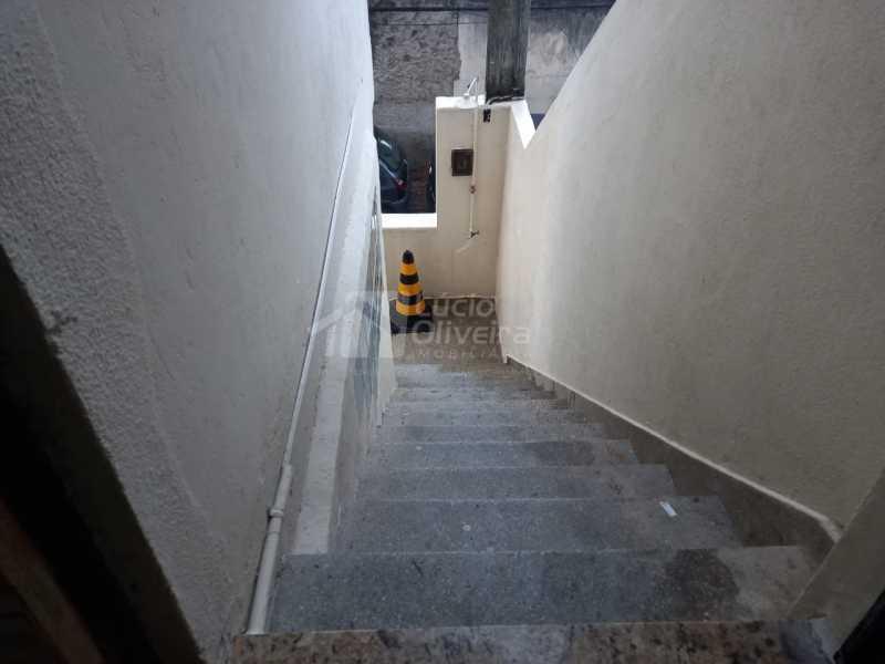 16-escada - Apartamento à venda Rua Capitão Aliatar Martins,Irajá, Rio de Janeiro - R$ 320.000 - VPAP21890 - 17