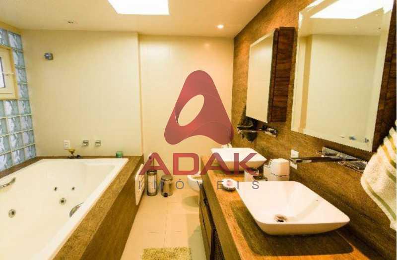 9 - Casa 5 quartos para venda e aluguel Laranjeiras, Rio de Janeiro - R$ 2.800.000 - LACA50013 - 10