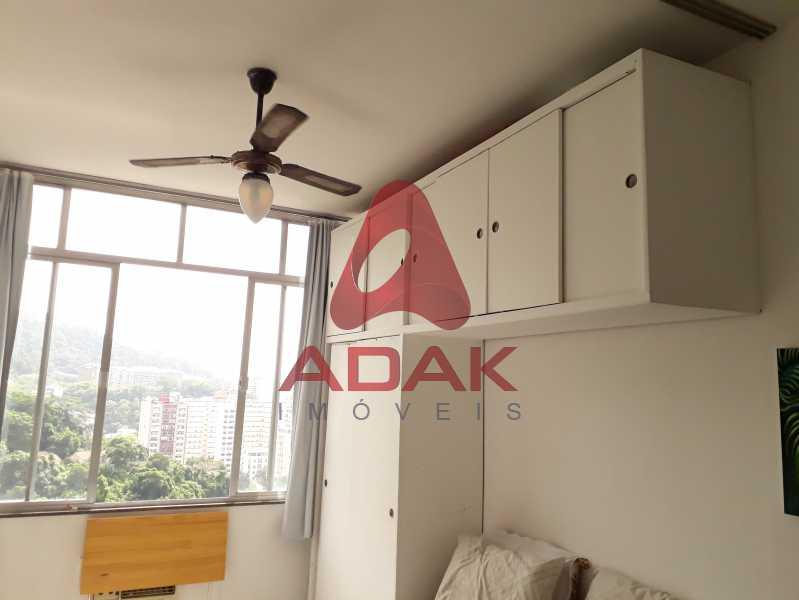 vista 4 - Apartamento à venda Laranjeiras, Rio de Janeiro - R$ 300.000 - LAAP00132 - 6