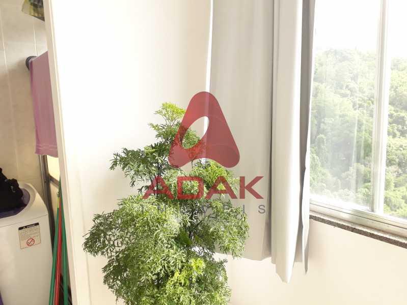 vista 4 - Apartamento à venda Laranjeiras, Rio de Janeiro - R$ 300.000 - LAAP00132 - 8