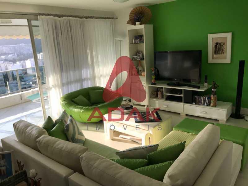 3 - Apartamento À Venda - Laranjeiras - Rio de Janeiro - RJ - LAAP40118 - 4