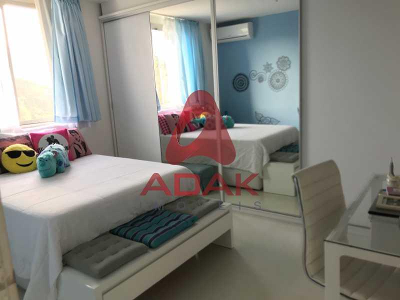 9 - Apartamento À Venda - Laranjeiras - Rio de Janeiro - RJ - LAAP40118 - 10