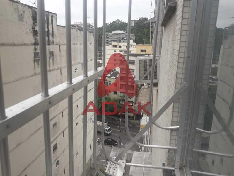 5b6ec9f4-d8b6-49d6-9c7e-f3ed57 - Apartamento à venda Laranjeiras, Rio de Janeiro - R$ 280.000 - LAAP00228 - 1
