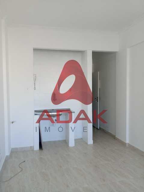20200311_163314 - Kitnet/Conjugado 25m² para alugar Centro, Rio de Janeiro - R$ 750 - CTKI00851 - 7