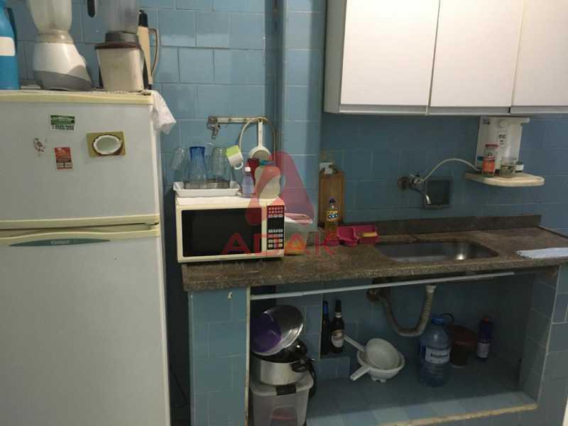 Area de serviço e cozinha 1. - Apartamento à venda Copacabana, Rio de Janeiro - R$ 800.000 - CPAP00370 - 23