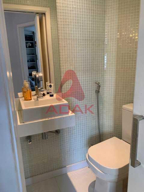 Banheiro - Apartamento 2 quartos à venda Ipanema, Rio de Janeiro - R$ 825.000 - CPAP21053 - 12