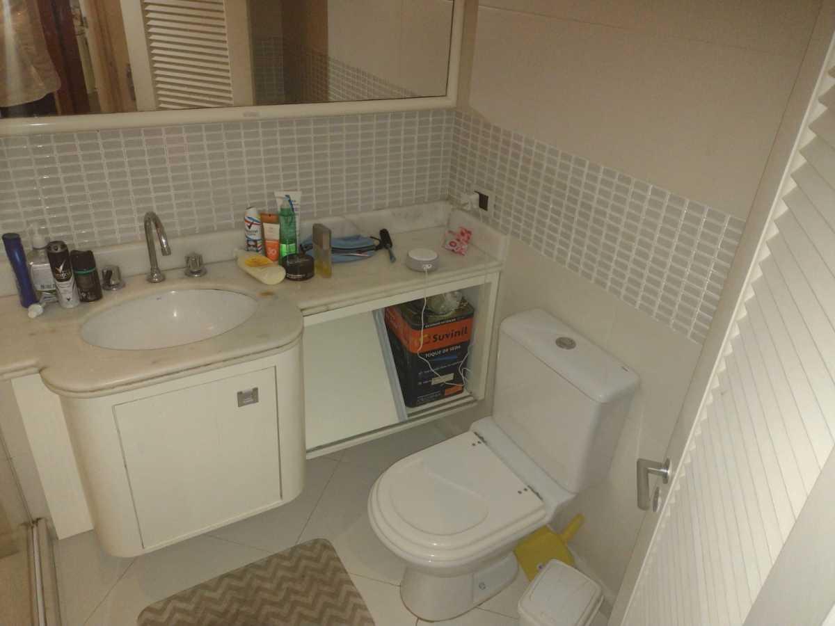 Banheiro 1 - Flat à venda Avenida Princesa Isabel,Copacabana, Rio de Janeiro - R$ 550.000 - CPFL20015 - 26