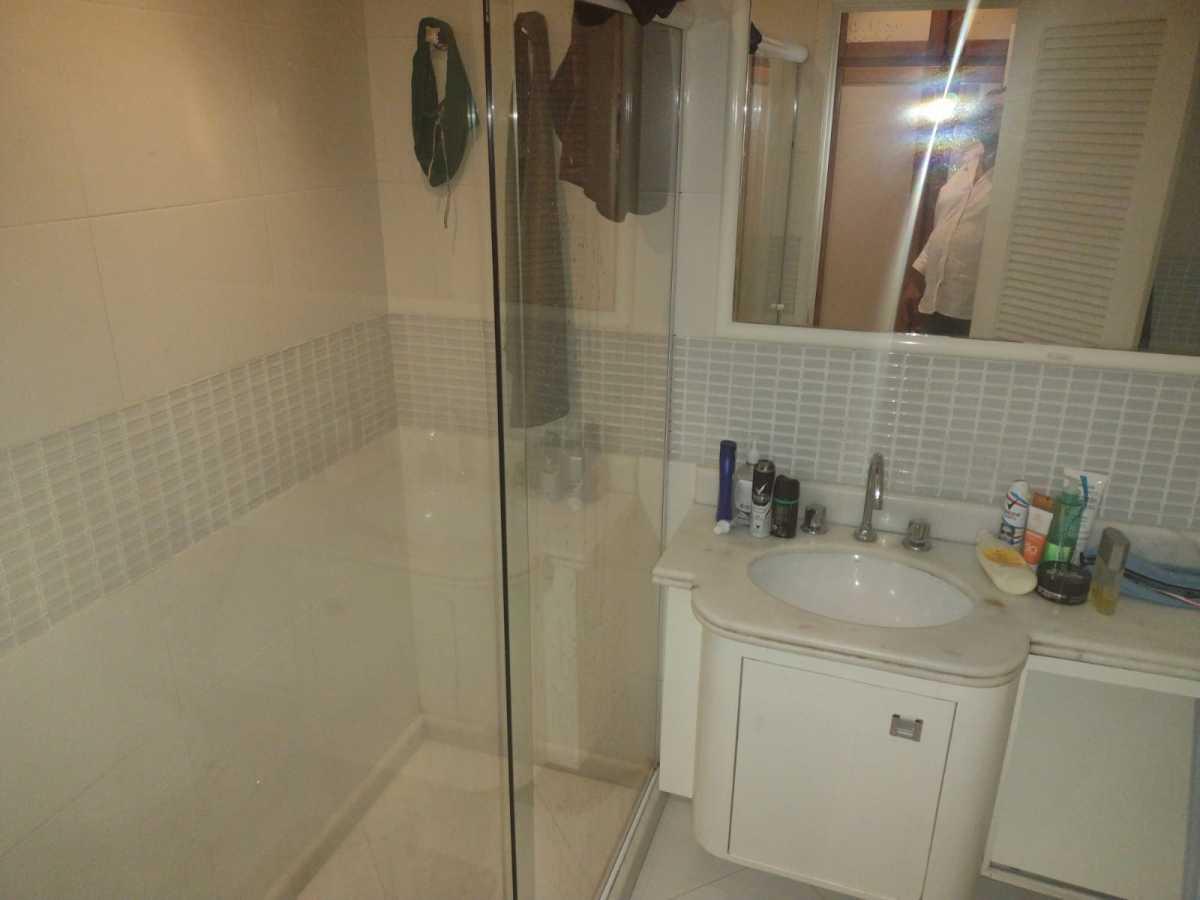 Banheiro 1 - Flat à venda Avenida Princesa Isabel,Copacabana, Rio de Janeiro - R$ 550.000 - CPFL20015 - 24