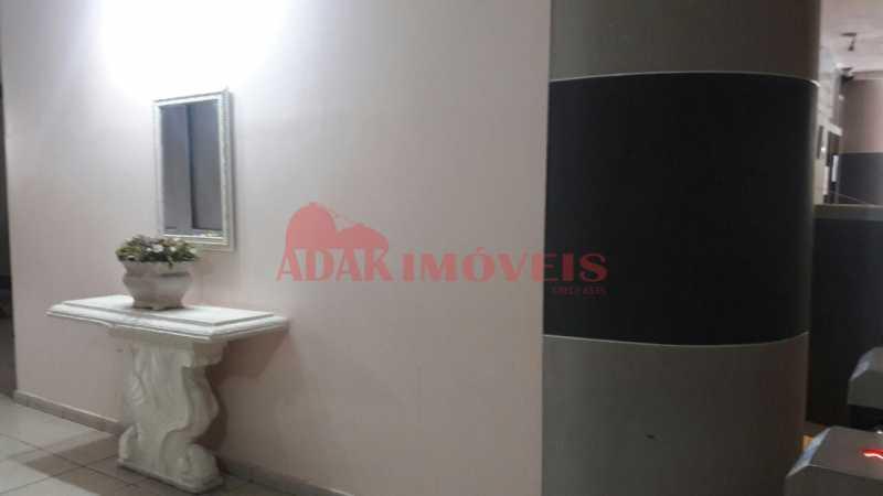 b04b96d9-3d55-4ebb-9184-a2117f - Apartamento à venda Laranjeiras, Rio de Janeiro - R$ 250.000 - LAAP00074 - 24