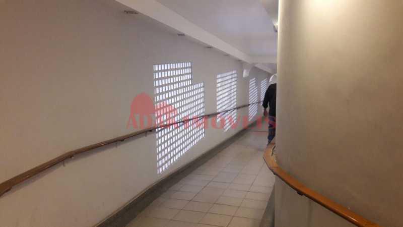 ced5f2ce-da73-488c-8f9c-e395e6 - Apartamento à venda Laranjeiras, Rio de Janeiro - R$ 250.000 - LAAP00074 - 1