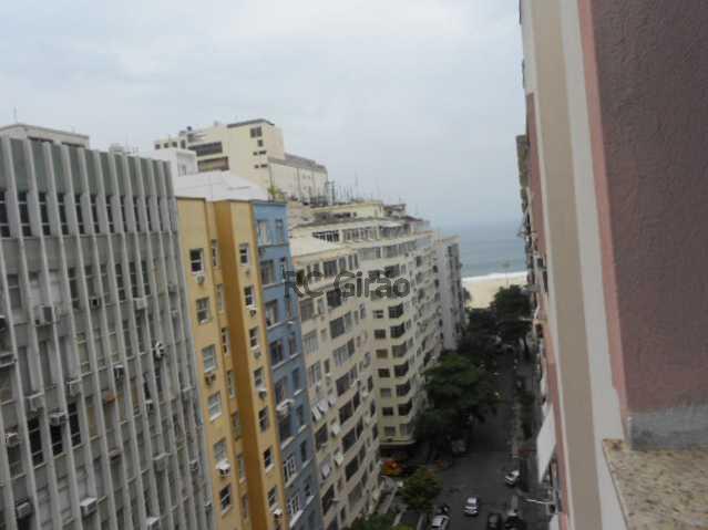 1 - Copacabana, quarto e sala legítimo, posto 4. - GIAP10153 - 1