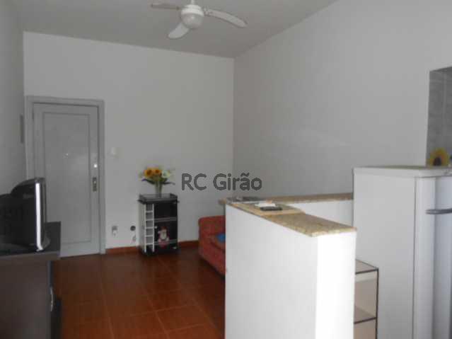 2 - Copacabana, quarto e sala legítimo, posto 4. - GIAP10153 - 3