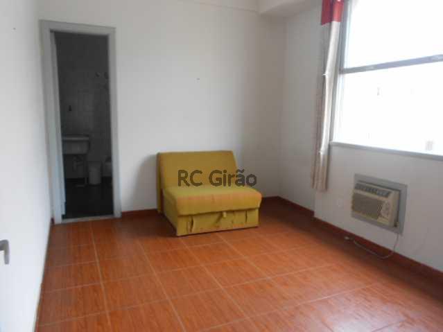 4 - Copacabana, quarto e sala legítimo, posto 4. - GIAP10153 - 15