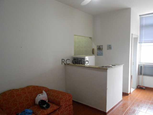 5 - Copacabana, quarto e sala legítimo, posto 4. - GIAP10153 - 16