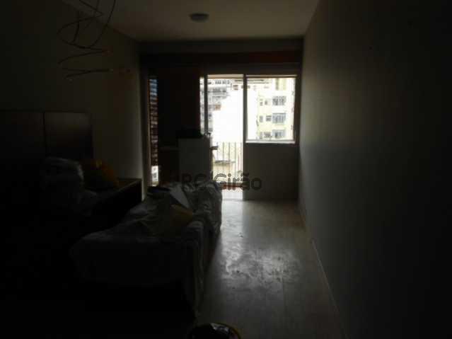 3 - Flat À Venda - Copacabana - Rio de Janeiro - RJ - GIFL10012 - 4