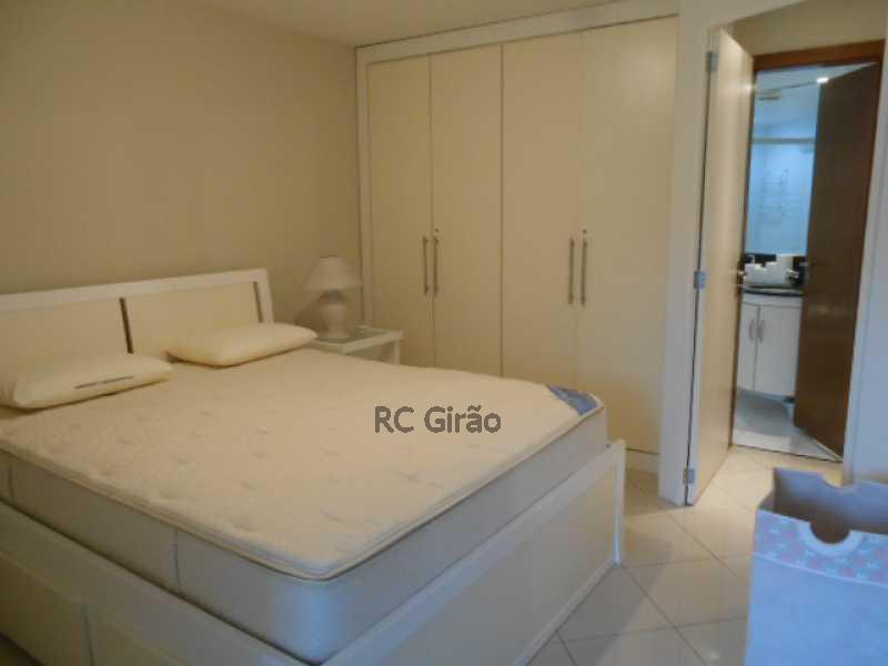 11 - Flat Para Venda e Aluguel - Barra da Tijuca - Rio de Janeiro - RJ - GIFL10024 - 12