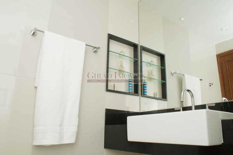 5.BanheiroSocial 3 - Apartamento À Venda - Copacabana - Rio de Janeiro - RJ - GIAP30766 - 11