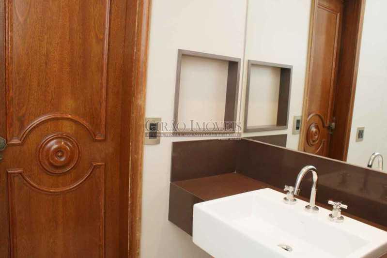 9.SuiteFrente_Banheiro - Apartamento À Venda - Copacabana - Rio de Janeiro - RJ - GIAP30766 - 24
