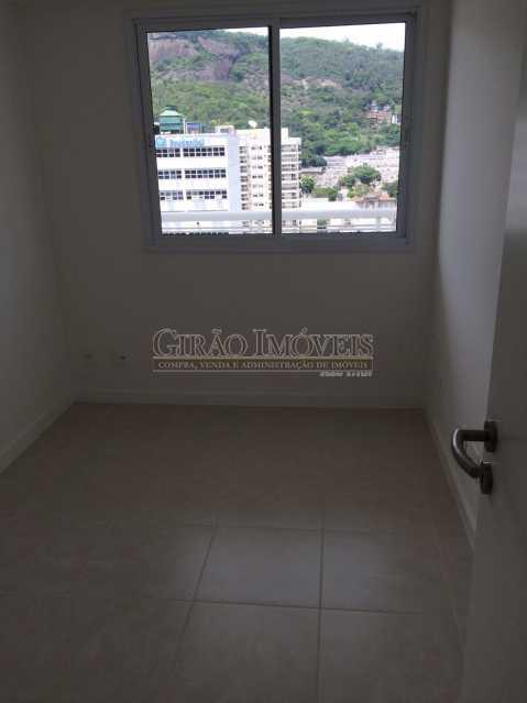 4 - Excelente Cobertura , em Localização Privilegiada, Proximo a Supermercado, Farmacias, a 5 minutos de Humaitá, Copacabana, a 1o do Jardim Botanico, Toda em Porcelanato de bom Nível, composta de Salão com 2 ambientes, 3 dormitórios, todos com armarios embut - GIAP30780 - 8