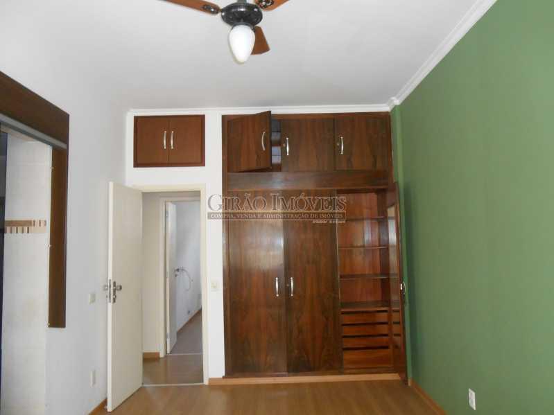 9 - Excelente apartamento 04 quartos (transformado em 3), frente, sol da manhã, andar alto, ótima localização, 02 por andar, composto por 01 hakk de entrada, salão em 02 ambientes, mais uma sala(quarto revertido), 03 quartos, todos com armários sendo 01 suít - GIAP30810 - 10