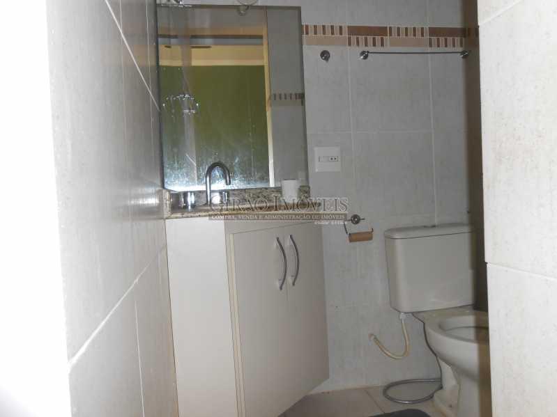 13 - Excelente apartamento 04 quartos (transformado em 3), frente, sol da manhã, andar alto, ótima localização, 02 por andar, composto por 01 hakk de entrada, salão em 02 ambientes, mais uma sala(quarto revertido), 03 quartos, todos com armários sendo 01 suít - GIAP30810 - 15
