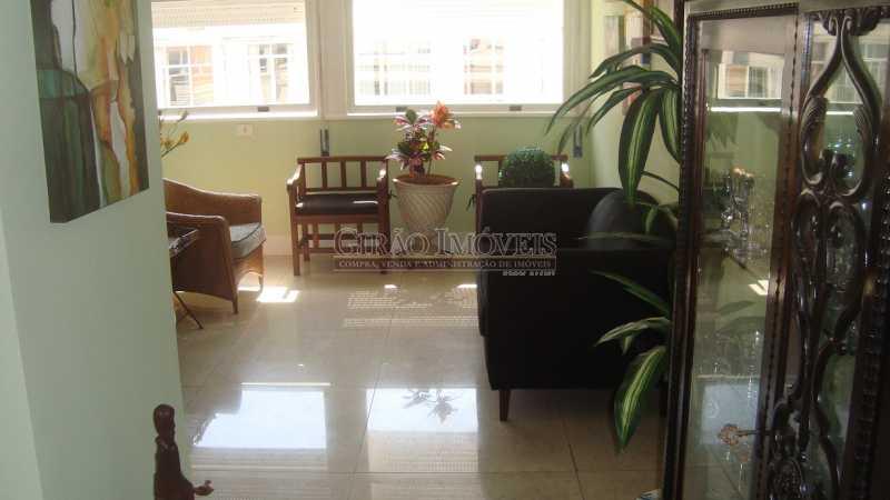 6 - Bolivar transversal valorizada da Praia de Copacabana, 5 quartos, neste preço, com este padrão, só para familias tradicionais e finas - GIAP50008 - 6