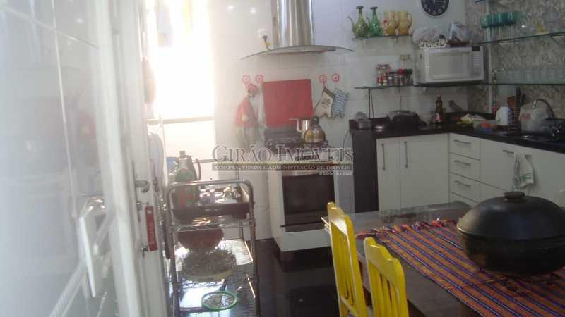 22 - Bolivar transversal valorizada da Praia de Copacabana, 5 quartos, neste preço, com este padrão, só para familias tradicionais e finas - GIAP50008 - 22