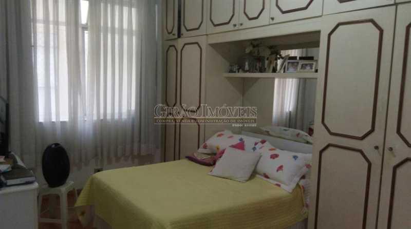 8 - Imperdível !Copacabana,próximo a praia e comércio, dois quartos com dependências. - GIAP20769 - 12