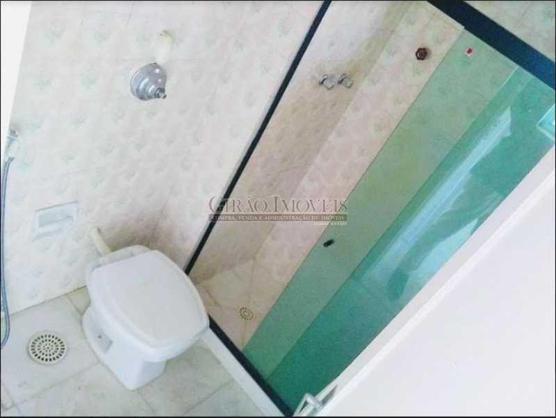 banheiro social - Apto com vista parcial mar,vazio,claro e bem dividido. Sala ampla,2 quartos,dependência,1 vaga de garagem - GIAP20773 - 12