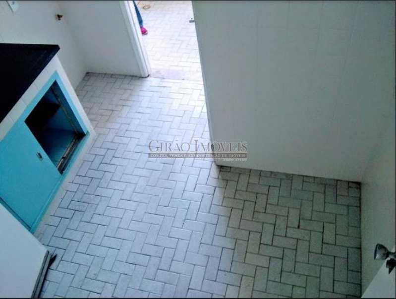 cozinha; - Apto com vista parcial mar,vazio,claro e bem dividido. Sala ampla,2 quartos,dependência,1 vaga de garagem - GIAP20773 - 16